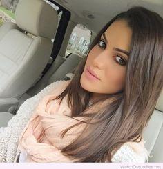 Sweet makeup and hair look