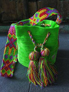 Cute Crochet, Beautiful Crochet, Knit Crochet, Cute Tote Bags, String Crafts, Boho Bags, Tapestry Crochet, Knitted Bags, Crochet Accessories
