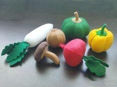 SALE - Felt Vegetables LOT (Patterns and Instructions via Email). $14,60, via Etsy.