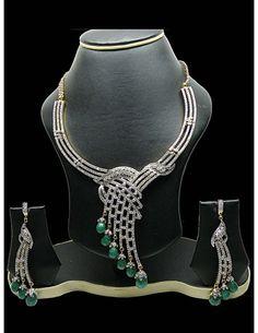 Royal Touch Necklace Set Item code : JVI689
