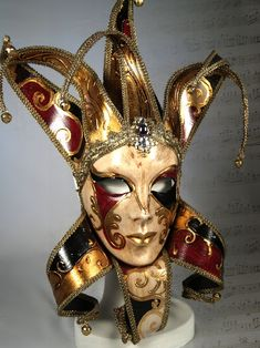 Mask ~/public/catalogue/immaginiprodotti/venetian-mask-joker-jolly_P7082783 copy-0.jpg