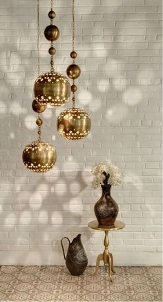 These customizable lights from Noor Ltd. reflect a beautiful, modern arabesque sensibility. #luxeCO