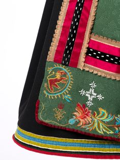 Folk Costume, Costumes, Folk Clothing, Fashion History, Cute Designs, Traditional Outfits, Norway, Applique, Textiles