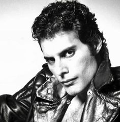"""""""I like leather. I rather fancy myself as a Black Panther"""" John Deacon, Brian May, Mr Fahrenheit, Jamey Johnson, Roger Taylor, Somebody To Love, Queen Freddie Mercury, Queen Band, Let Your Hair Down"""