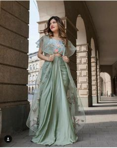 We create Indian wedding wear to transform women into icons. Also, worldwide shipping is available. Party Wear Indian Dresses, Designer Party Wear Dresses, Indian Gowns Dresses, Indian Fashion Dresses, Kurti Designs Party Wear, Dress Indian Style, Indian Wedding Outfits, Indian Designer Outfits, Indian Outfits