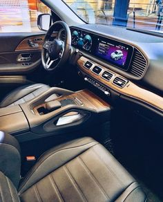Mercedes Gle Suv, Mb Truck, Ride 2, Car Accessories, Motor Car, Cars And Motorcycles, Luxury Cars, Cool Cars, Dream Cars