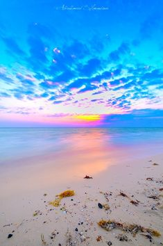 Sky and Sea by Moshi Moshi