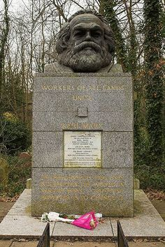 Highgate • London (Karl Marx) - Marx had an alternative dream that I don't agree with, but his dream actually wasn't the main problem, it's what people did with his work that resulted in millions of people being slaughtered. (My condolences if you're a communist and like this man's vision)