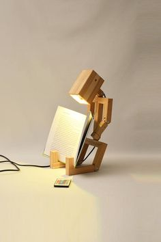 Jaffu is our top selling lamp, made of oak wood. this funny lamp feels most at home in a kids bedroom. This wooden design lamp can be put in multiple positions. Made with care for you and your environment. The wood used is recycled wood. This lamp will be Wooden Lamp, Wooden Decor, Diy Home Crafts, Wood Crafts, Wood Projects, Woodworking Projects, Woodworking Plans, Led Spots, Wood Beds