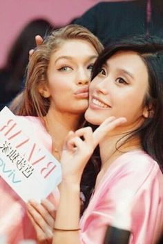 Models top teen 100 maxwell