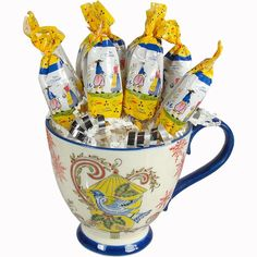 Mini Bouquet of Salted Caramel Lollipops in a Holiday Mug