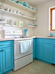 DIY Bold Beach Cottage  Kitchen Makeover !