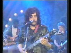 Pino Daniele - Uè Man (Night of the guitar 1987) - video raro