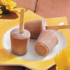 Homemade Fudge Pops.. Need 1/4 cup cornstarch, 1/8 tsp salt,3 cups milk, 1/2 cup light corn syrup, 1 tsp vanilla extract, 1 cup milk chocolate chips,12-3 oz disposable plastic cups, 12 popsicle sticks. In heavy pan mix cornstarch & salt, stir in milk until smooth. Add corn syrup & vanilla, stir & bring to a boil for 1 min or until thick. Reduce heat & add chocolate chips until melted. Pour into cups cover with foil Place stick thru foil into chocolate. Freeze. Remove foil& cup before eating