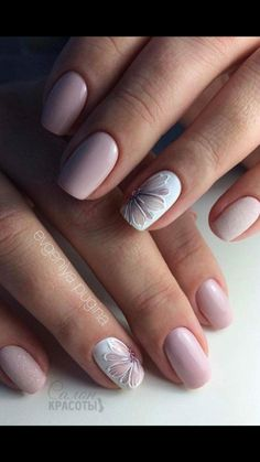 Nails play an important role in a woman's appearance. When Giving your nails makeup for Summer, most women will have a hard time choosing which shape of nails to make. Must Try Nail Designs For Short Nails 2019 Summer Flower Nail Designs, Gel Nail Designs, Nails Design, Accent Nail Designs, Short Nail Designs, Spring Nails, Summer Nails, Winter Nails, Nail Designs For Summer