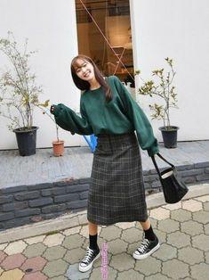 ファッション ファッション in 2020 Korean Girl Fashion, Korean Fashion Trends, Korea Fashion, Japan Fashion, Look Fashion, Long Skirt Fashion, Modest Fashion, Fashion Outfits, Modest Outfits