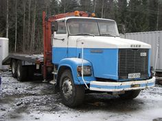 Sisu 79 + Hiab 550 - Kuorma-autot | A. Hirvonen Oy Big Rig Trucks, Tow Truck, Fire Trucks, Classic Trucks, Cars And Motorcycles, Vintage Cars, Jeep, Transportation, Finland