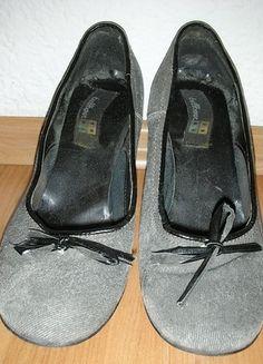 Kaufe meinen Artikel bei #Kleiderkreisel http://www.kleiderkreisel.de/damenschuhe/hohe-schuhe/111639232-pumps-gr38-grau-schleife-8cm-absatz