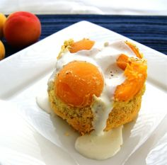 Grain-free, sugar-free little cakes that are lightly sweet and completely delicious, apricot-almond cakes