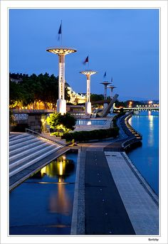 Lightings of the pool next to the Rhône river, Lyon.