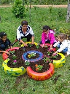 Tire Art, Garden Cool Idea