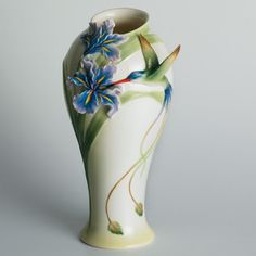 Franz Collection Long Tail Hummingbird Vase - like Mom's that Zuzu broke. Maybe some day when I'm not saving for a house. $200 for a vase. Damn cat.
