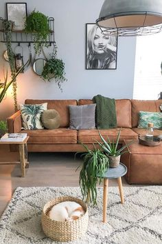 Indian Home Interior 25 Stylish Living Room Decor Ideas For Any Budget BuzzKee.Indian Home Interior 25 Stylish Living Room Decor Ideas For Any Budget BuzzKee Boho Living Room, Living Room Sets, Home And Living, Living Room Designs, Living Room Decor, Small Living, Popular Living Room Furniture, Living Room Artwork, Rustic Modern Living Room