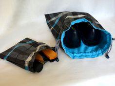 Stoffbeutel Schuhbeutel von Pirkko Textilwerkstatt - Stoffe und Genähtes auf DaWanda.com