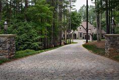 Hardscape Ideas & Hardscape Pictures for Patio Design Inspiration Stone Driveway, Driveway Design, Patio Design, Driveway Border, Driveway Pavers, House Design, Outdoor Paving, Outdoor Gardens, Acreage Landscaping