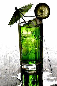 Výsledky hľadania služby Google Image pre http://www.ifun4free.com/Wallpaper/Images/Drinks/DRINKS_004-hi.jpg