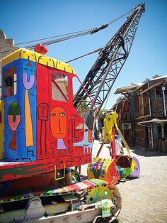 #fun #funny #machine #crane #caterpillar #heavy #powershovel #tool #graffiti #streetart #colors #art #design #BuenosAires #Argentina