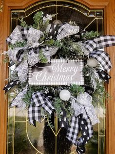 Christmas Wooden Signs, Front Door Christmas Decorations, White Christmas Trees, Christmas Mesh Wreaths, Winter Wreaths, Christmas Porch, Farmhouse Christmas Decor, Christmas Centerpieces, Merry Christmas