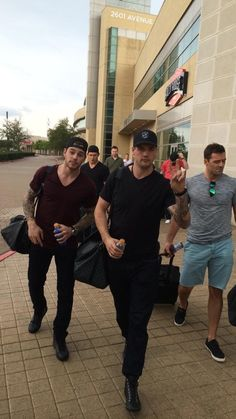 Off to camp! See ya tomorrow in Fort Worth! pic.twitter.com/PdUvj5h2m7