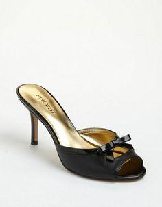 Nine West Goodare Leather Sandals black