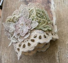 eyelet cuff | another easy to wear cuff bracelet | Lilla | Flickr