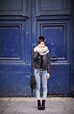 Chignon - Fourrure - Sac - Franges - Jeans.