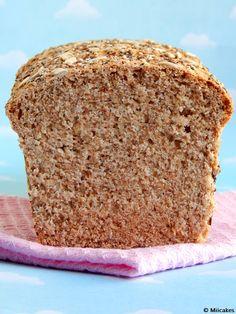 Pan integral con semillas: Miicakes Pan Bread, Bread Baking, Apple Fritter Bread, Veggie Snacks, Salty Foods, Pan Dulce, Sin Gluten, Pumpkin Recipes, Bread Recipes