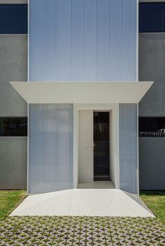 Controlar Headquarters | ADOFF + ZURCATNAS; Photo: Joao Morgado - Architecture Photography | Archinect: