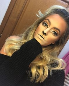 Lion Cat Halloween makeup costume