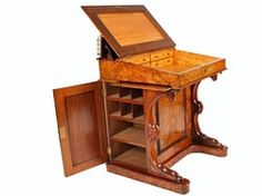 I made this one using maple plywood and inexpensive pine DAVENPORT UNIVERSITY desk Free woodworking plans Assorted