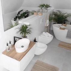 simple Bathroom Decor Paula / MyHome (tam_i_tu) In - bathroomdecor Simple Bathroom Designs, Bathroom Design Small, Bathroom Interior Design, Interior Design Living Room, Serene Bathroom, Bathroom Inspiration, Home Decor Inspiration, Urban Outfitters Home, Creative Home