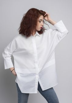 Linen White Shirt/ Minimalist Top/ White Tunic/Women's White Chemise/ Blouse/ Everyday Shirt/ Free F White Shirt Outfits, Classic White Shirt, White Shirts Women, White Tunic, Office Fashion Women, Fall Fashion Trends, Fashion Outfits, Fashion Clothes, Slim Jeans