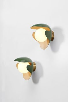 Pair of Wall Lamps by Palle Suenson, 1940. Dansk Møbelkunst Gallery. Brass, lacquered brass and opal glass . W: 26 cm x H: 28 cm x D: 28 cm.