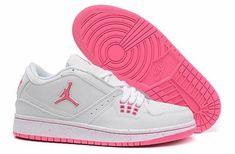 huge selection of dbf04 f6940 nike air jordan 2017,femme air jordan 1 low blanche et rose Nike Sneakers,