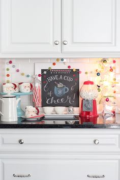 Hot Cocoa Bar, Free Chalkboard Printable, and Holiday Home Link-up!