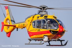 Eurocopter Ec135, Airbus A380 Emirates, Luxury Helicopter, Helicopter Pilots, Aircraft Photos, Postwar, Choppers, Military Vehicles, Airplane