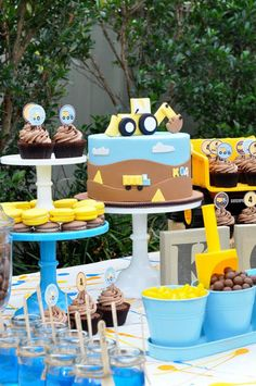 Little Big Company | The Blog: Construction Party by Sweet Sense Cakes