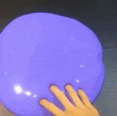 22 Seriously Satisfying Slime GIFs