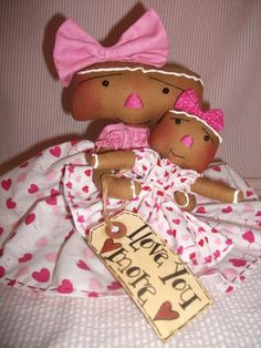 Primitive Valentine Gingerbread Mom & Daughter Shabby Pink Dolls by Sweet Treats Dolls, via Flickr