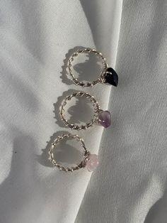 Diy Jewelry Rings, Wire Jewelry Designs, Handmade Wire Jewelry, Funky Jewelry, Handmade Rings, Hippie Jewelry, Cute Jewelry, Crystal Jewelry, Beaded Jewelry